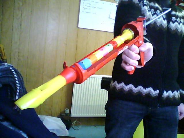 dundur-flautukittisprauta